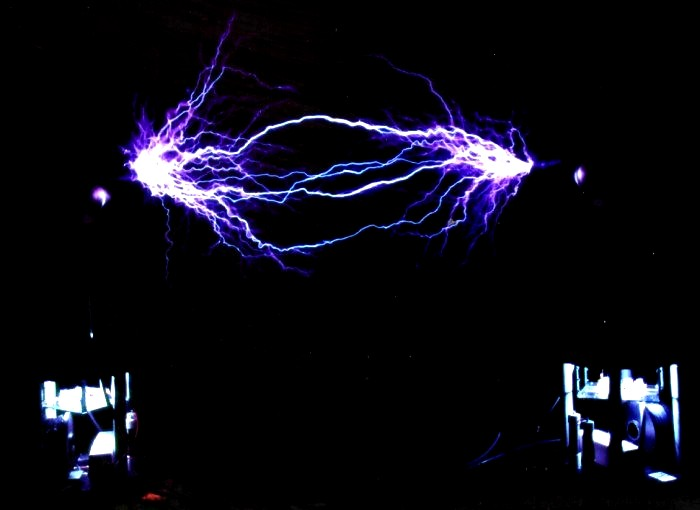 Tesla Systems Research Tesla Coil Amp High Voltage Gallery